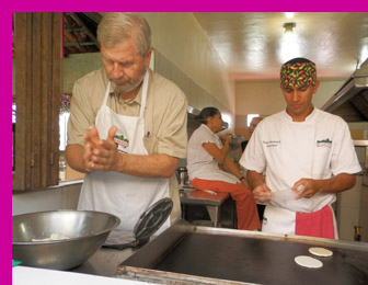 Richard making sopes at El Arrayan, Puerto Vallarta, Mexico - photo by Luxury Experience