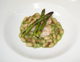 Shrimp and Yellow-Eyed Beans by Chef Michael Anthony, New York Culinary Experience, The International Culinary Center - Photo by Luxury Experience
