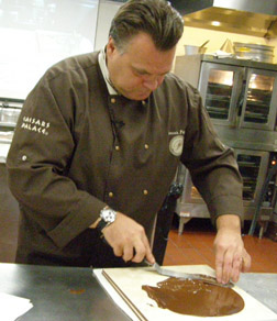 Spreading Chocolate - Chef François Payard at New York Culinary Experience, The International Culinary Center - Photo by Luxury Experience