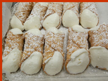 Cannoli - photo by Luxury Experience