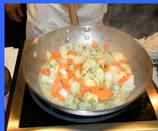 Blanching vegetables  - photo by Luxury Experience