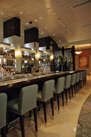 Acqualina Resort & Spa on the Beach - The Aaria Bar