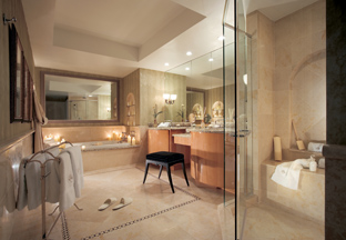 Acqualina Resort & Spa on the Beach - Bathroom