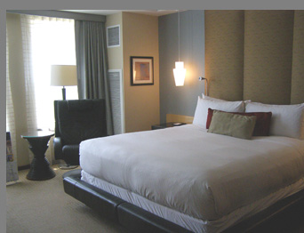 Guest Room - Battery Wharf Hotel, Boston, Massachusetts, USA - photo by Luxury Experience