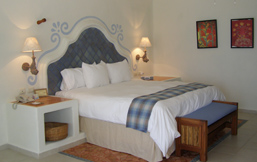 Ceiba del Mar Beach & Spa Resort, Riviera Maya, Mexico - King size bed