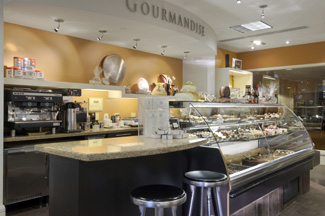Boutique Gourmandise - Fairmont The Queen Elizabeth, Montreal, Canada