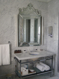 The Princes Suite bathroom at Glenmere Mansion, Chester, New York - Photo by Luxury Experience