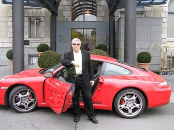 Edward F. Nesta and Porsche 911 Carrera S at Palace Luzern