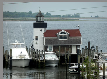Lighthouse - Saybrook Point Inn & Spa - Old Saybrook, CT, USA - photo by Luxury Experience
