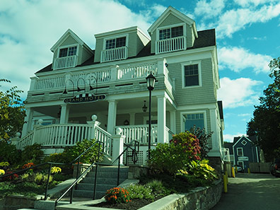 Grand Hotel Kennebunkport, Maine - photo by Luxury Experience