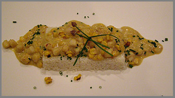 Luxury Experience - Scallops in Roasted Corn and Onion - Photo by Luxury Experience