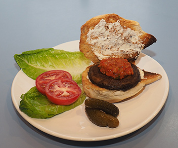 Luxury Experience - Portabella Burger - photo by Luxury Experience