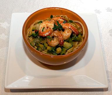 Luxury Experience - Provencal Shrimp over Linguini - photo by Luxury Experience