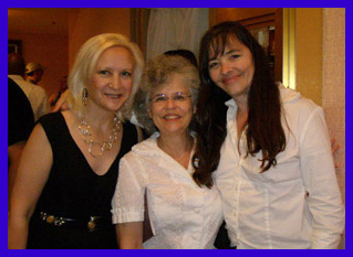 Debra, Joan, Cheryl - TOC 2011 - Photo by Luxury Experience