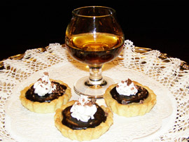 Rhum J.M. Caramel Chocolate Tarts - Luxury Experience Magazine Recipe