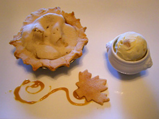 Luxury Experience's Pie and Ice Cream - Photo by Luxury Experience