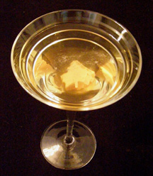 Luxury Experience Autumn Gold Martini - Photo by Luxury Experience