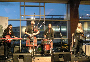 Mac Talla Mor Playing at WhiskyLive 2009 New York