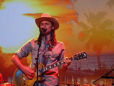 Duane Betts - The Allman Betts Band - photo by Luxury Experience