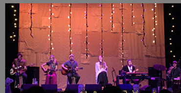 Colbie Caillat and Band - photo by Luxury Experience