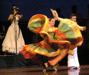 Ballet Folklorico de Antioquia, Colombia - Photo by Luxury Experience