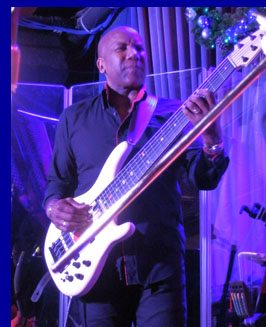 Nathan East - Fourplay - photo by Luxury Experience