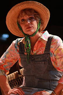 Music THeatre of Connecticut - Steel Magnolias - Kristi Carnahan - photo by Heather Hayes