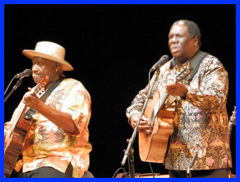 Taj Mahal and Vusi Mahlasela - photo by Luxury Experience