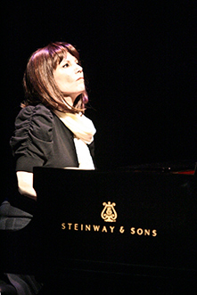 Westport Country Playhouse - Mona Galebak - The Pianist of Willesden Lane - Hersey Felder Productions