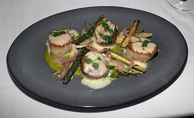 Diver Scallops - Atlantis Steakhouse - photo by Luxury Experinece