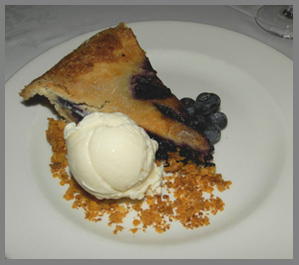 Maine Blueberry Pie - Black Point Inn, Maine - Photo by Luxury Experience