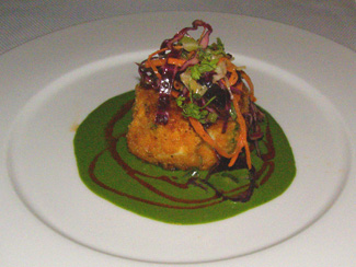 Crab Cake - Bar Americain Mohegan Sun - Photo by Luxury Experience