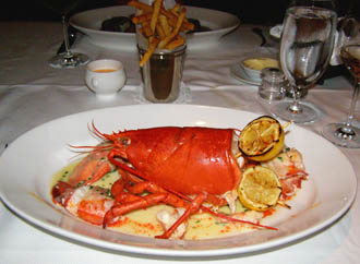 Steamed Lobster -Bar Americain Mohegan Sun - Photo by Luxury Experience