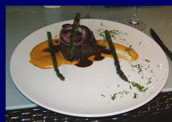 Boneless Short Ribs - Blanca Blue Restaurant and Lounge - photo by Luxury Experience