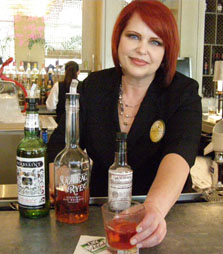 Lu Brow at Swizzle Stick Bar at Loews New Orleans Hotel - Photo by Luxury Experience