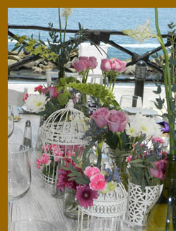 Debra Argen & Flower Arrangement-  Costa Sur Resort - photo by Luxury Experience