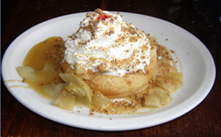 Caramel Apple Dessert - Creperie Catherine, Mont-Tremblant, Canada - Photo by Luxury Experience