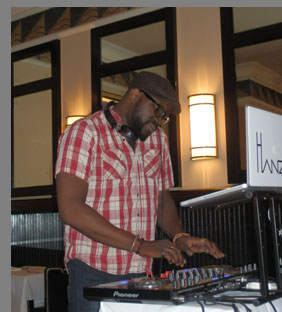 DJ Hanzi at Docks Oyster Bar and Seafood Grill - NY, NY, - photo by Luxury Experience