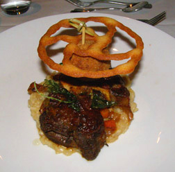 Osso Buco - L'Astral Bar-Restauant Rotatif - Loews Hotel le Concorde Quebec - Photo by Luxury Experience