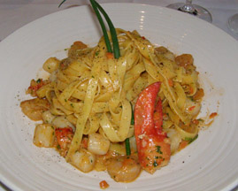Tagliatelli Pasta at Restaurant Le Graffiti, Quebec, Canada - Photo by Luxury Experience