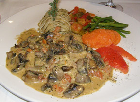 Veal Scalloppini at Restaurant Le Graffiti, Quebec, Canada - Photo by Luxury Experience
