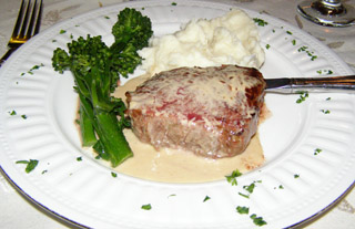 Petite Filet - The Notchland Inn, Hart's Location, New Hampshire - Photo by Luxury Experience