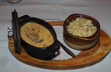 Russian Samovar Restaurant - Beef Stroganoff - photo by Luxury Experience