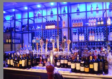 Sixty 5 on Main - Bar - Nyack, NY - photo by Luxury Experience