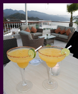 Cocktails at Sky Restaurant - Grand MiramarPuerto Vallarta - photo by Luxury Experience