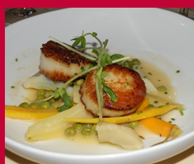 Pan Roasted Sea Scallops -photo by Luxury Experience