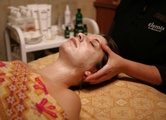 Facial Treatment - Elemis Spa at Mohegan Sun