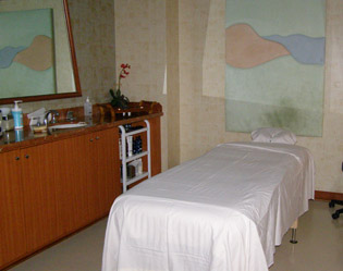 Elemis Spa - Treatment Room - Mohegan Sun - Photo by Luxury Experience
