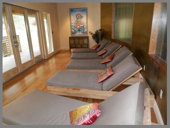 Relaxation Room - Mahasukha Spa at the Menla Mountain Retreat  - photo by Luxury Experience