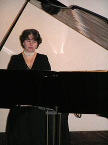 Pianist - Christina Kiss